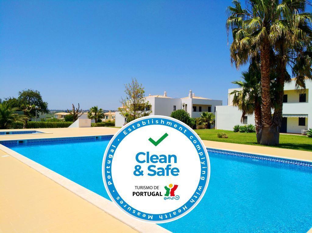 """Casas de Férias """"Clean and Safe"""""""